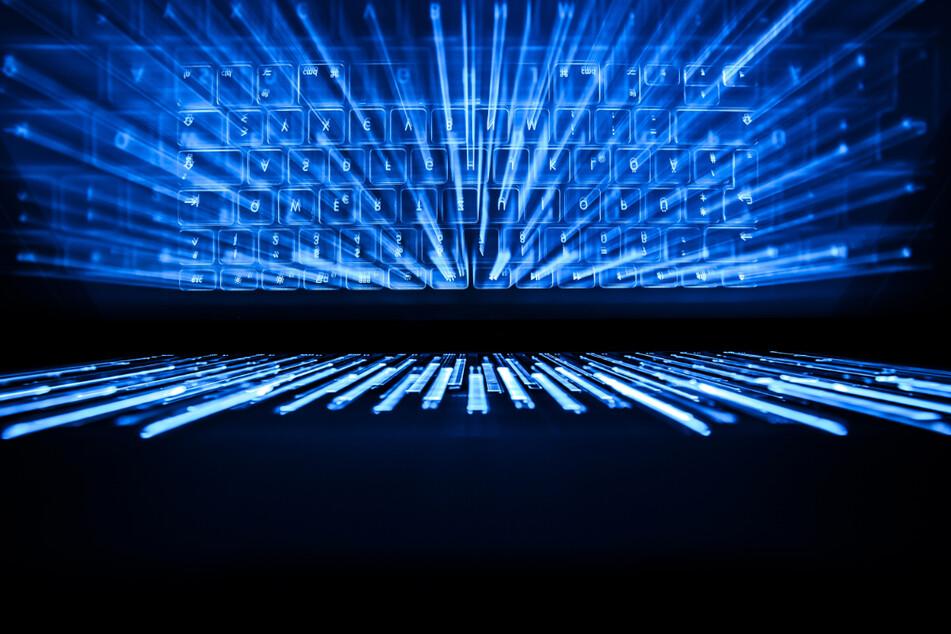 Die Dateien hatte sich der Tatverdächtige wohl im Darknet beschafft. (Symbolbild)