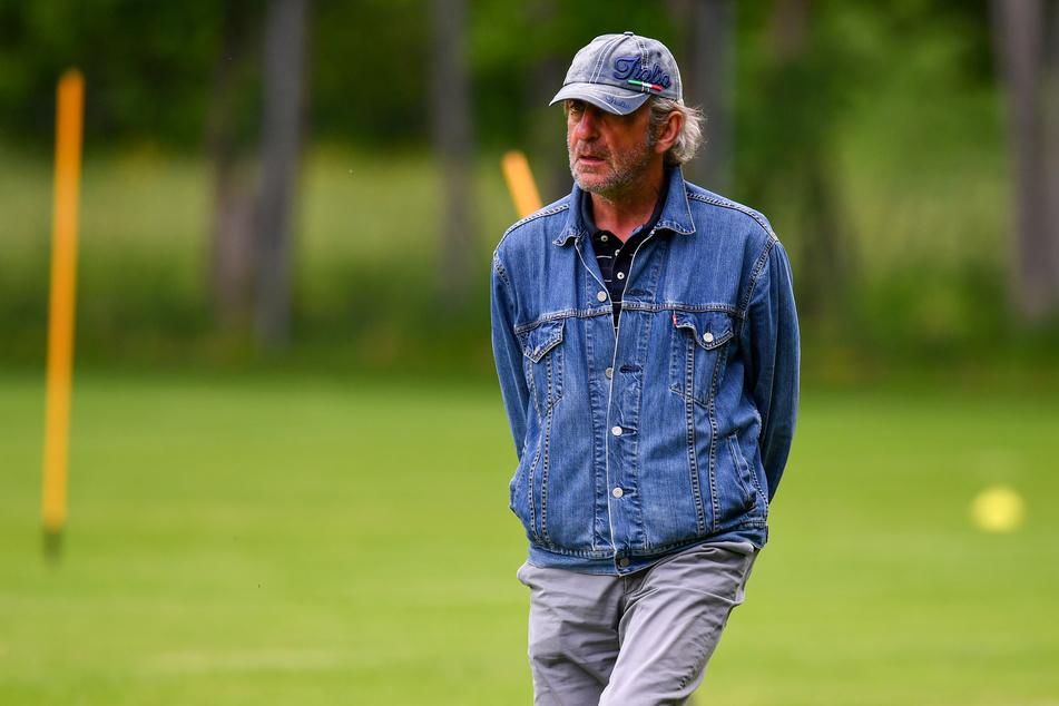 Ralf Minge - ein Macher, der für das Geschäft Fußball eigentlich viel zu menschlich ist.
