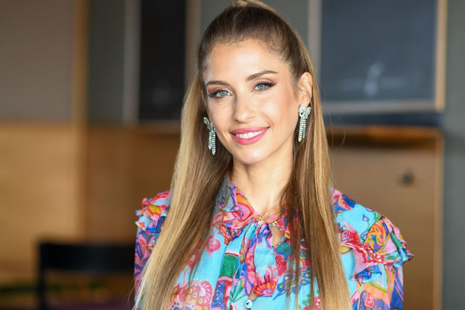 """Die Moderatorin und Influencerin Cathy Hummels (33) stellt auf einem Pressetermin die neue Staffel der Reality-Show """"Kampf der Realitystars"""" vor."""