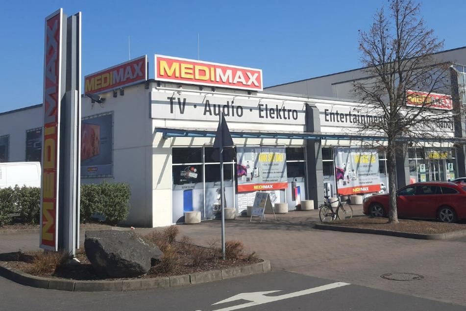 Medimax macht Samstag (8.5.) wieder auf: Aber nur für kurzen Ausverkauf wegen Schließung!
