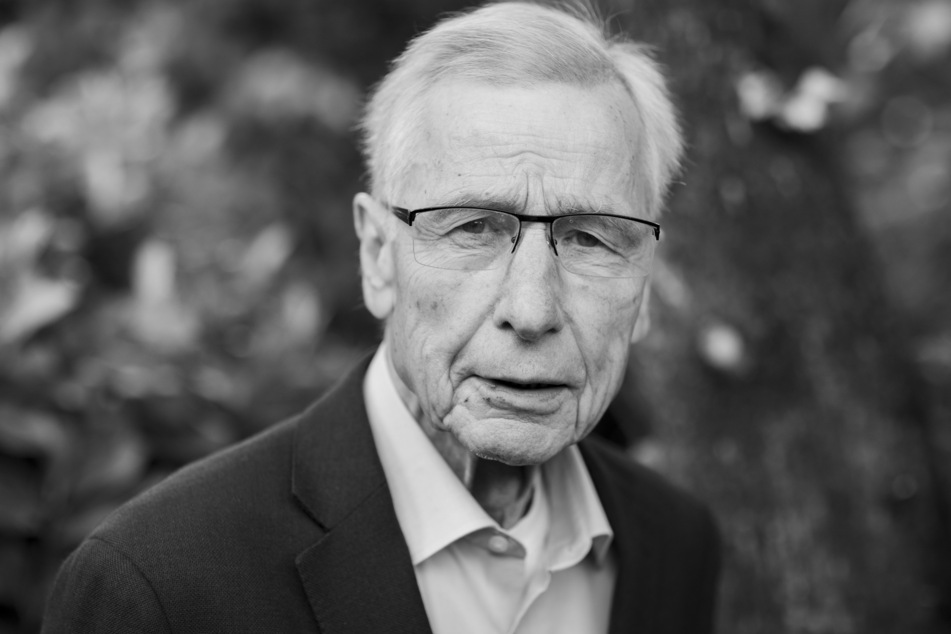 Flaggen auf Halbmast: NRW trauert um Wolfgang Clement (†80)
