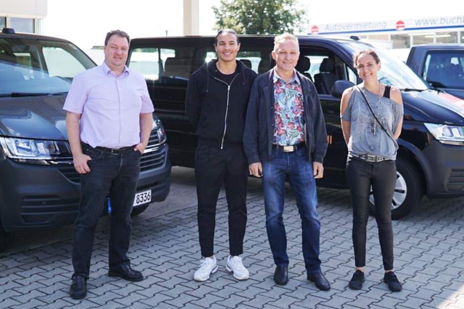 Unter anderem diese vier Mitarbeiter von Confidentia machen sich auf den Weg ins belgische Spa, um die Formel-1-Fans auf Corona zu testen.