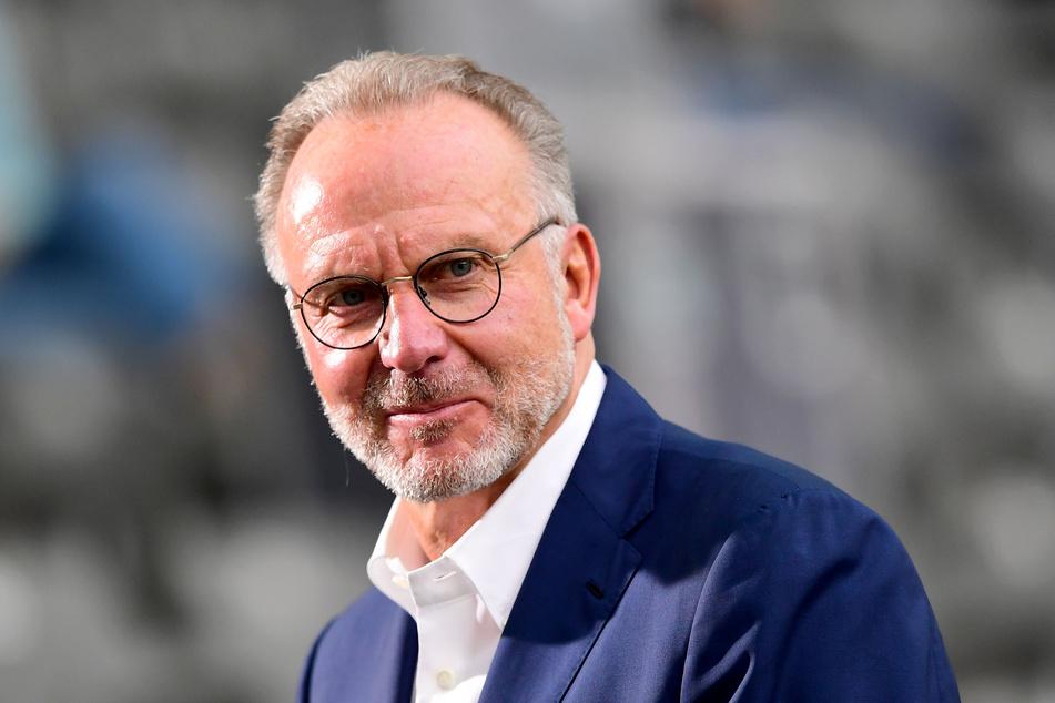 Karl-Heinz Rummenigge (64) betont das Chelsea-Spiel.