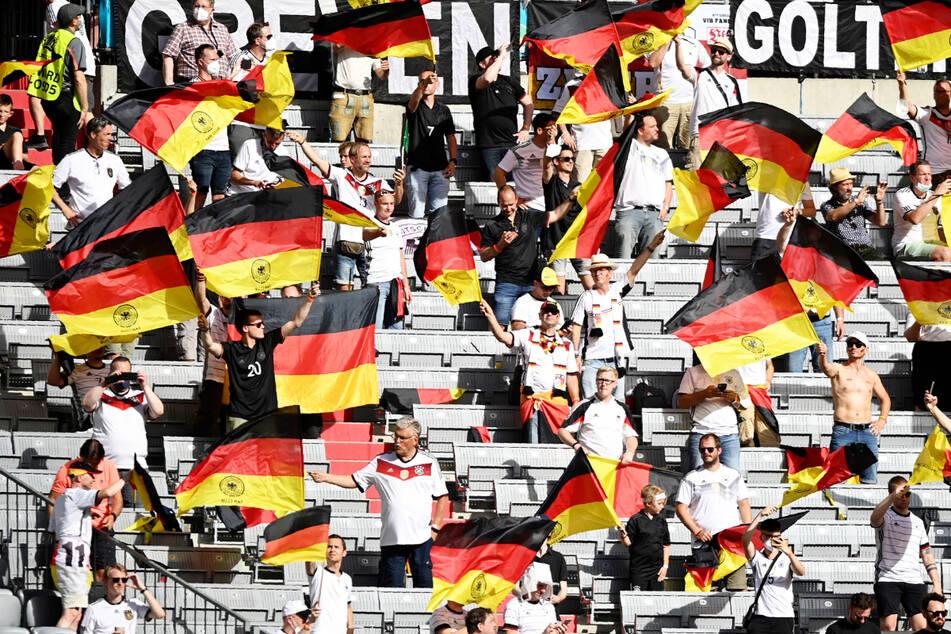 Trotz Ansage: Masken bei Fans in Münchner Arena? Oft Fehlanzeige!