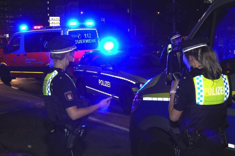Die Polizei fand das Opfer auf dem Gehweh.