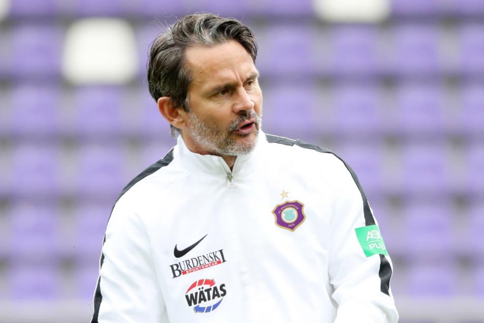 Aues Coach Dirk Schuster (53) führte den SV Darmstadt 98 in den Spielzeiten 2013/14 und 2014/15 von der Dritt- in die Erstklassigkeit.