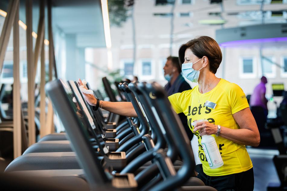 Fitnessstudios dürfen ab Freitag wieder öffnen. (Symbolbild)