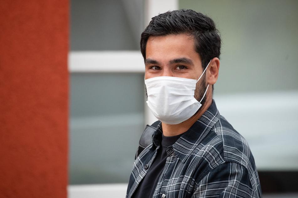 Der deutsche Nationalspieler Ilkay Gündogan nimmt das Coronavirus inzwischen sehr viel ernster als früher.