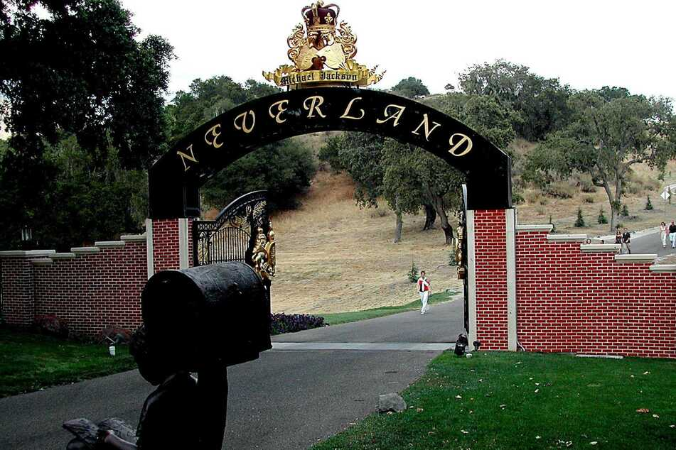 Michael Jackson bought the Neverland ranch in 1987.