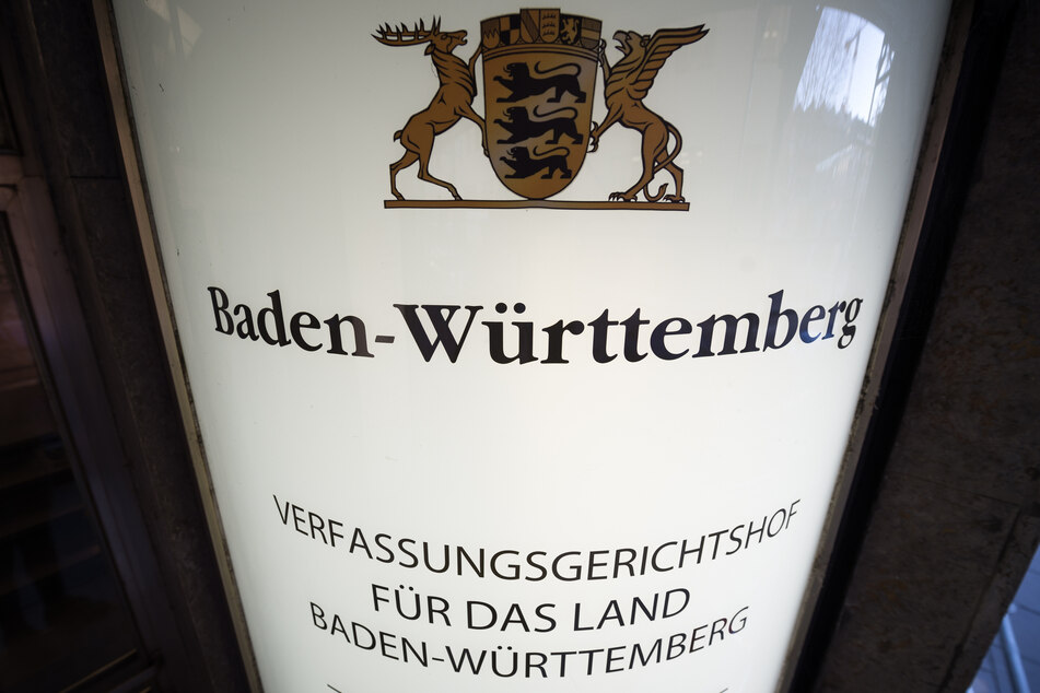 Die Wahl des AfD-Kandidaten in den baden-württembergischen Verfassungsgerichtshof durch Abgeordnete des Landtags - nicht nur aus Reihen der rechtskonservativen Partei selbst - hat Empörung ausgelöst.