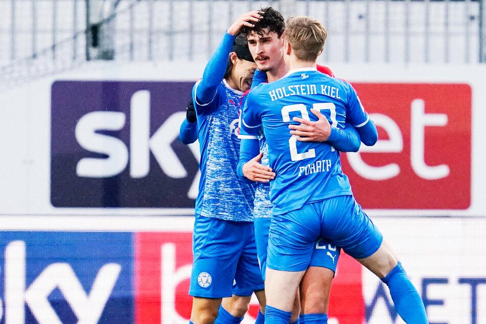 Janni Serra (23, M.) spielte für Holstein Kiel eine starke Saison! In wettbewerbsübergreifend 37 Einsätzen schoss er 16 Tore und gab fünf Assists.