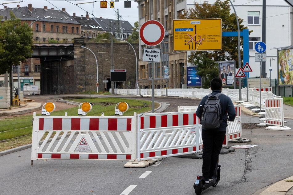 Baustellen-Riesenslalom in Chemnitz: Auch die Annaberger Straße ist betroffen, Autofahrer fluchen über die Umleitung.