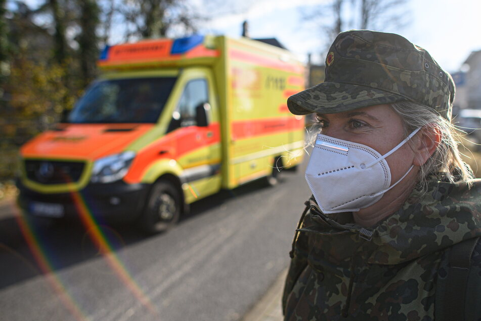Dürfen: Soldaten. Auch sie konnten sich bisher nur unter bestimmten Voraussetzungen eine Impfung holen.