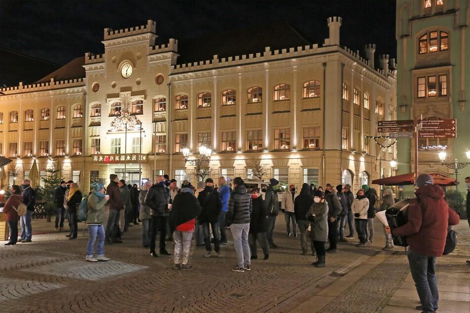 In Zwickau haben am Montagabend Corona-Gegner demonstriert.