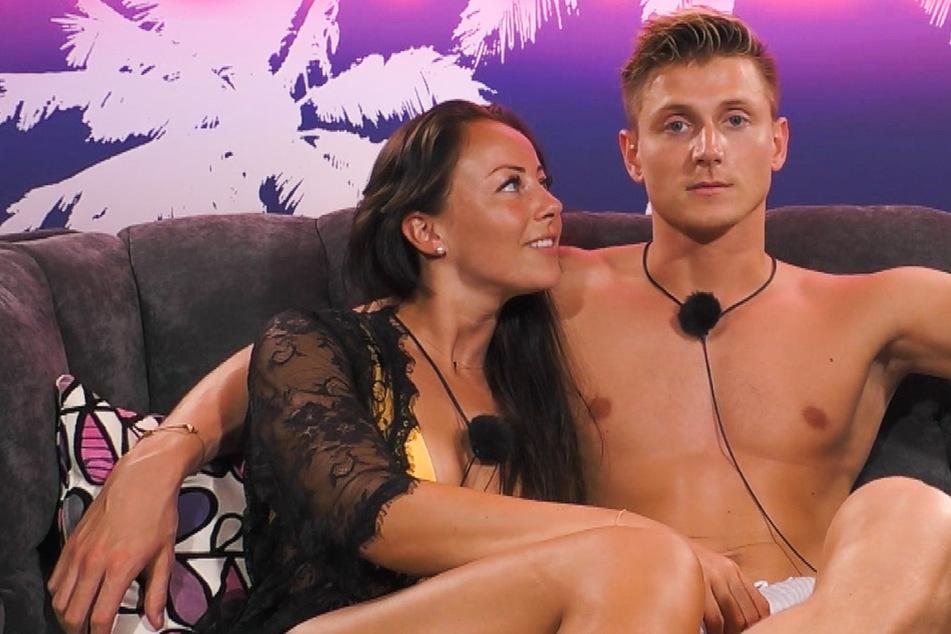 """Ex on the Beach: Nach """"Ex on the Beach"""": Sind Sandra und Tommy ein Paar geworden?"""