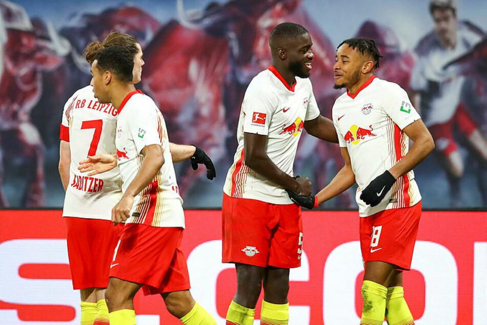 Durch Nkunkus Siegtreffer bleibt RB dem FC Bayern München auf den Fersen.