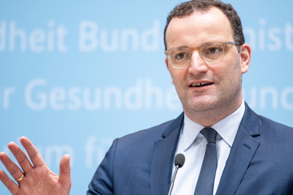 Frankfurt: Wahlkampf der CDU beginnt: Spahn will dritte Corona-Impfung ab Herbst
