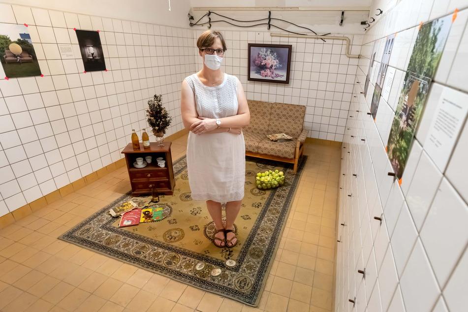 """Die ehemalige Anwohnerin Grit Käger (46) besuchte 2020 die """"Begehungen"""" in einer alten Kaufhalle im Heckert-Gebiet."""