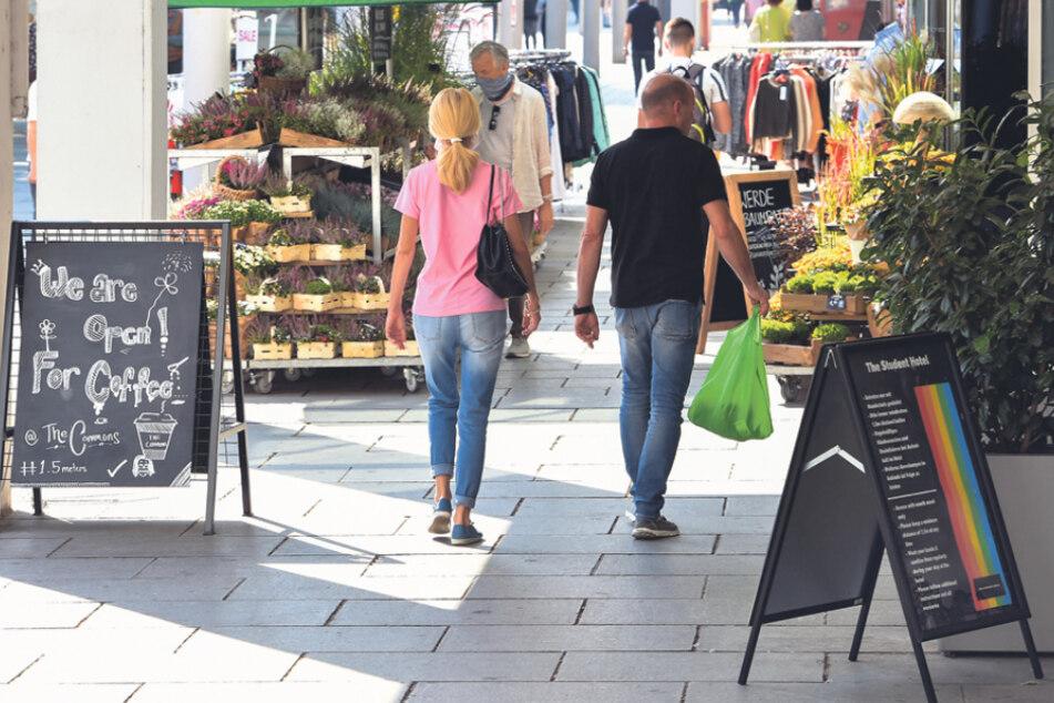 Durch zu viele Aussteller werden Wege behindert, kritisierten die Anlieger der Prager Straße.