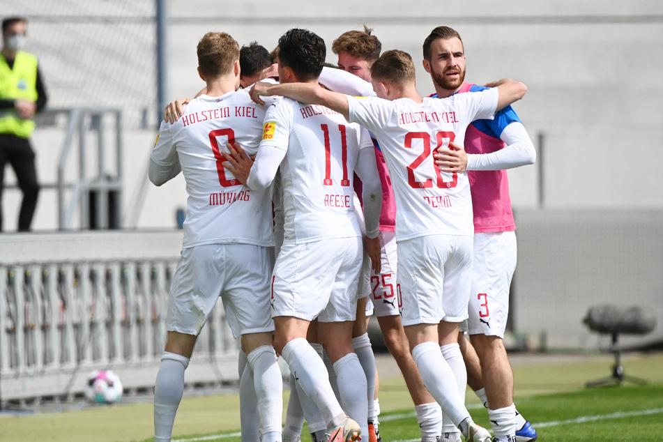 Holstein Kiel steht dicht vor dem Aufstieg in die 1. Bundesliga!