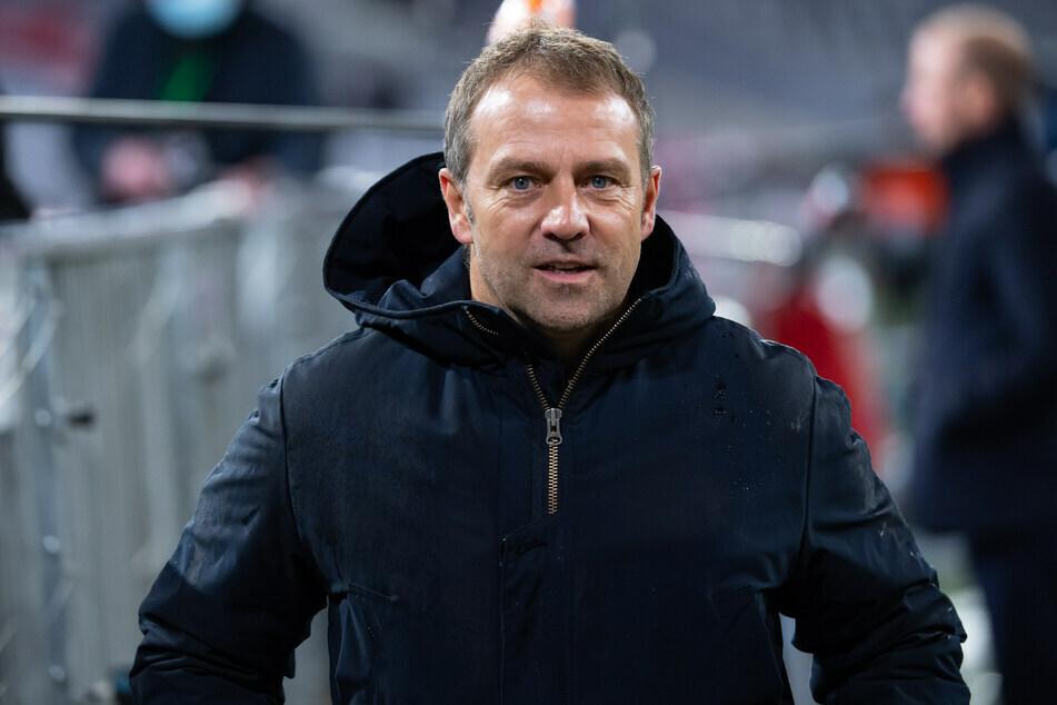 Bayern-Coach Hansi Flick (56) hat mit seinem Team in wenigen Monaten sechs Titel für den FC Bayern München geholt. (Archiv)