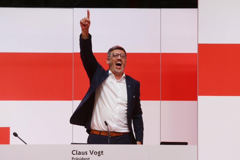 Claus Vogt (51) wurde mit 92,25 Prozent Ja-Stimmen der anwesenden Mitglieder für die kommenden vier Jahre zum Präsidenten des VfB Stuttgart gewählt.