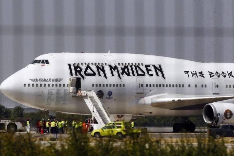 Iron-Maiden-Flugzeug bei Unfall schwer beschädigt