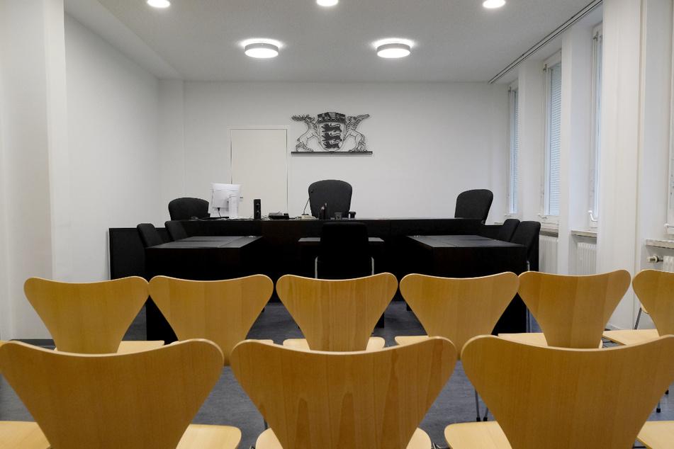 Blick in einen Sitzungssaal des Karlsruher Amtsgerichts. (Archiv)