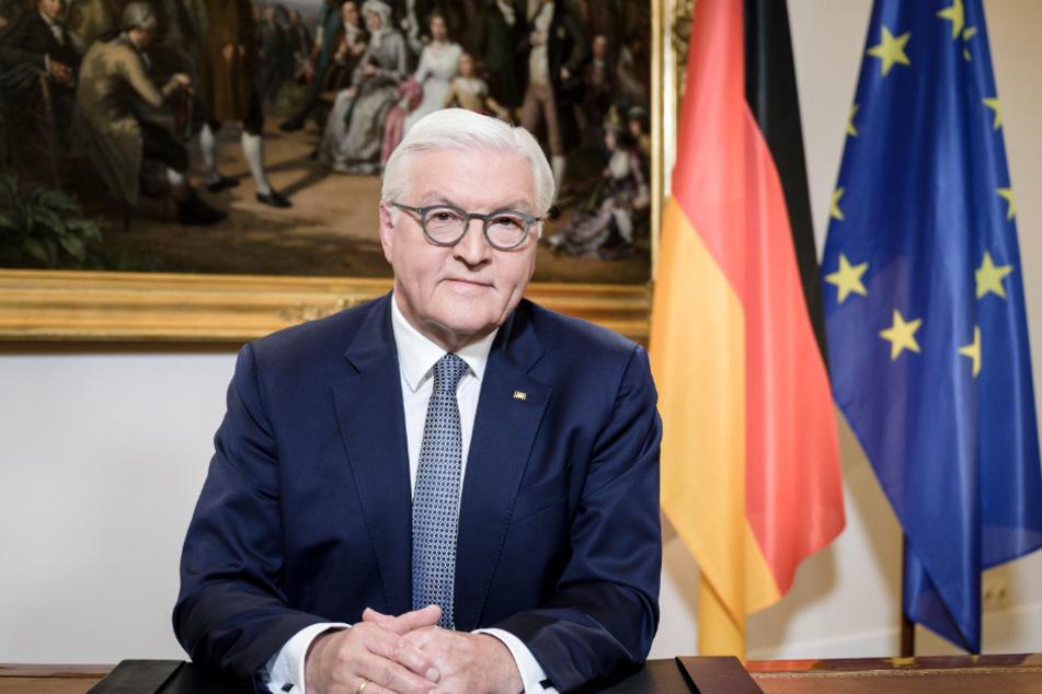 """Steinmeier sprach von einer Solidarität, """"die es in der Geschichte der Bundesrepublik in diesem Umfang noch nicht gegeben hat""""."""