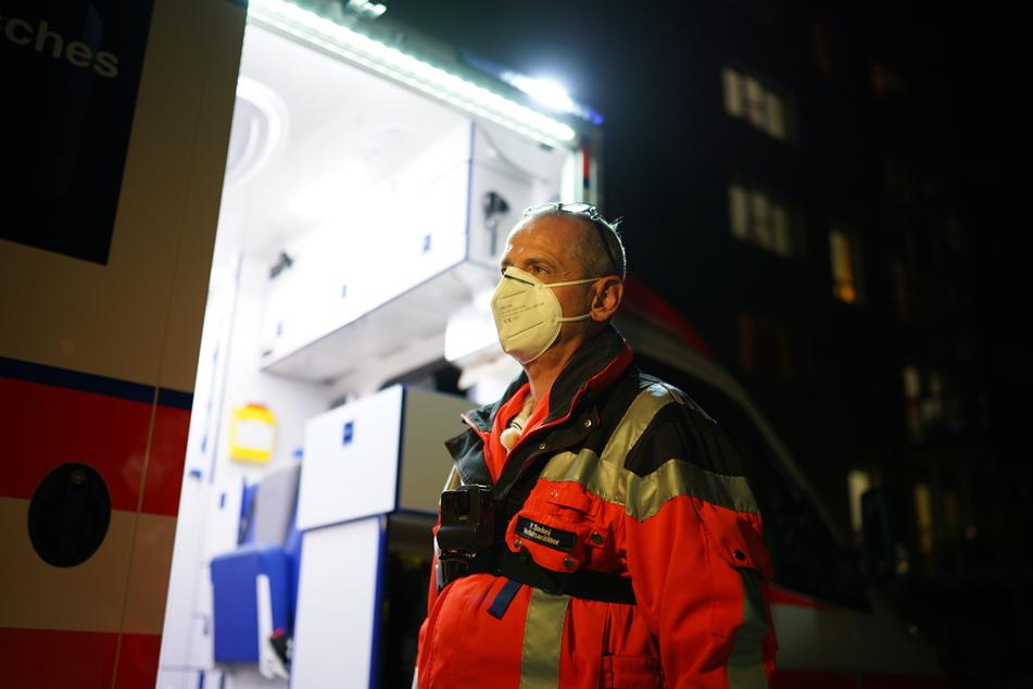 Petro Sadoni (56) ist seit 29 Jahren Notfallsanitäter.