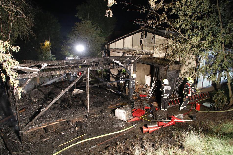 Feuer auf Vereinsgelände in Chemnitz: Bungalow abgefackelt