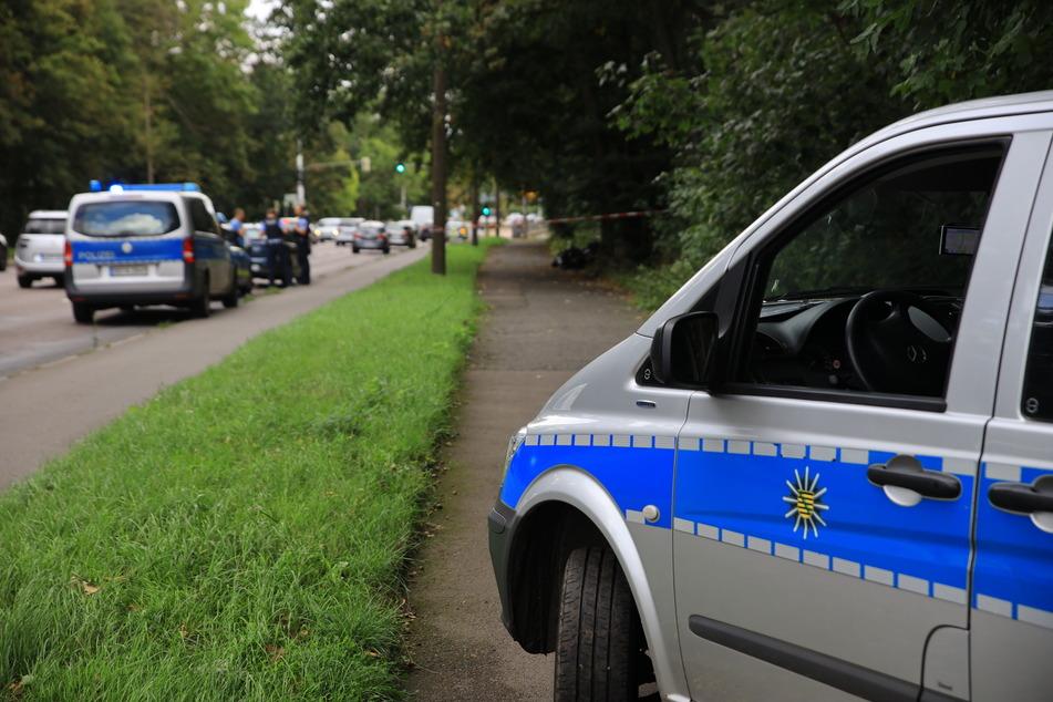 Die Polizei setzte Spürhunde auf der Suche nach dem Roller-Dieb ein.