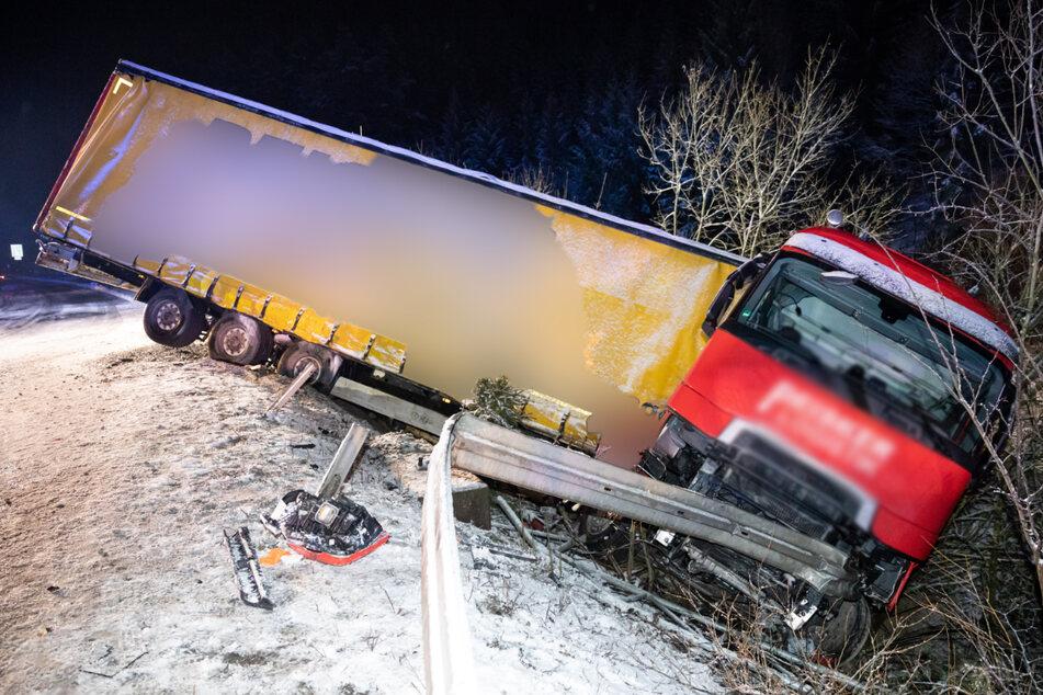 Zahlreiche Unfälle durch Wintereinbruch in Thüringen