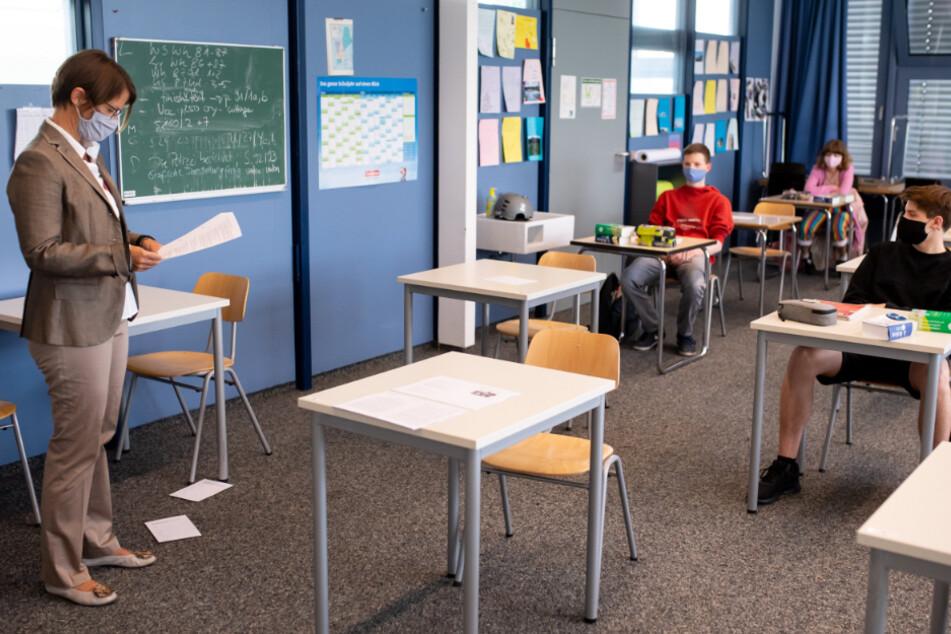 Schüler sehen Schulen nach drei Monaten wieder von innen