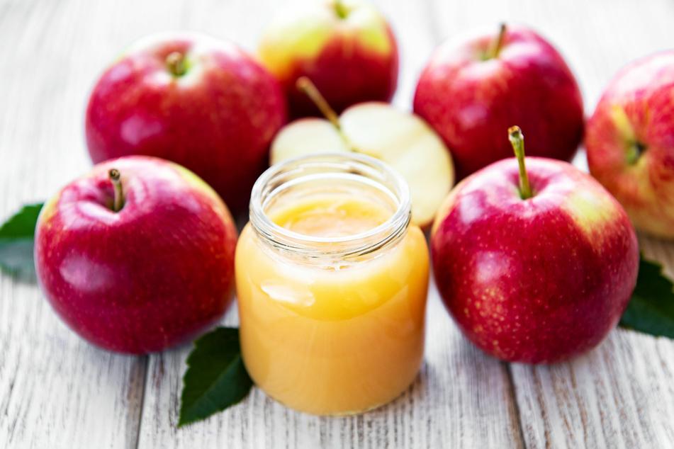 Selbstgemachter Apfelmus ist frei von Zusatzstoffen.