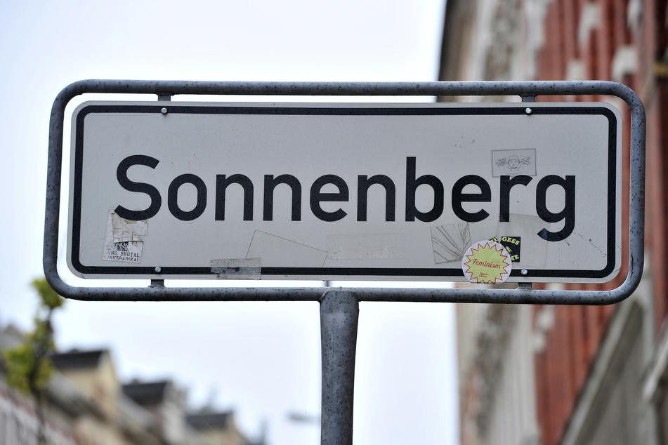 Auf dem Chemnitzer Sonnenberg wurde am Freitagmorgen ein Mann (55) ausgeraubt.