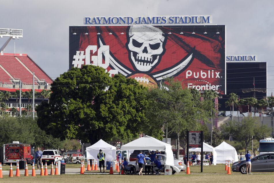 Beim Super Bowl sollen in diesem Jahr trotz Corona-Pandemie 22.000 Fans live im Stadion dabei sein dürfen.
