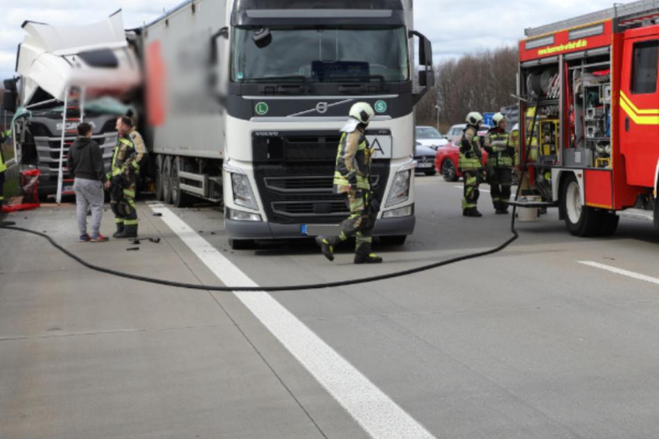 Die Rettungskräfte waren schnell vor Ort und kümmerten sich um den Verletzten.