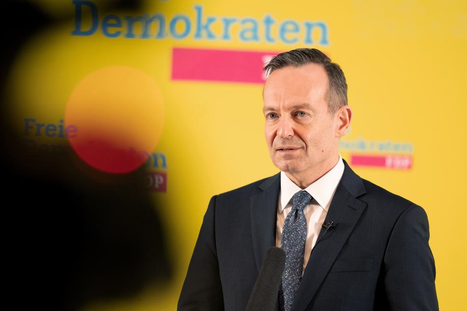 FDP-Generalsekretär Volker Wissing (51) kritisiert vor dem Parteitag die Regierung.