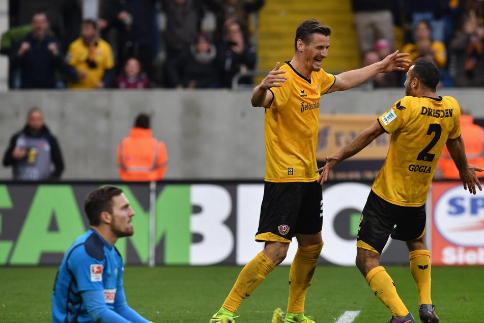 Gemeinsam mit Torjäger Stefan Kutschke (32, Mitte) bildete Gogia (29, rechts) ein torgefährliches schwarz-gelbes Gespann. (Archivbild).