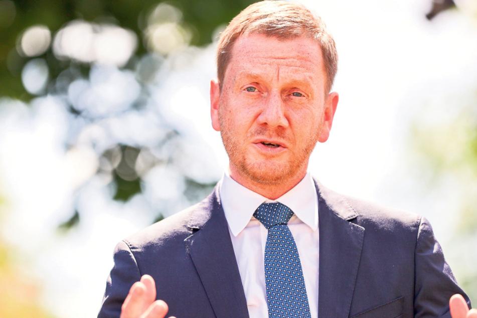 Debatte um Sachsens Ministerpräsidenten: Wieso spricht Kretschmer so oft mit den Rechten?