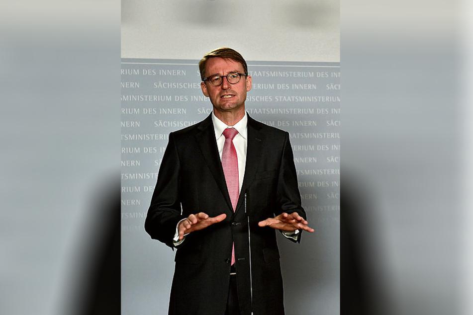 """Hielt den Korruptionsskandal bis gestern unter der """"Decke"""": Innenminister Roland Wöller (49, CDU)."""