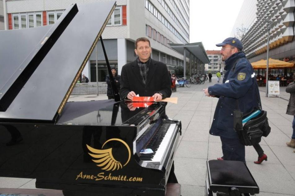 Neumarkt-Pianist zieht vor Gericht