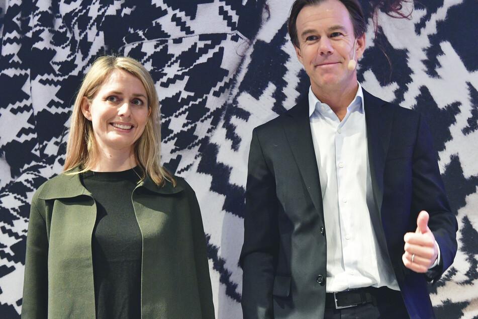 Erst im Januar 2020 übernahm Helena Helmersson (l) den Vorstand. Sie löste damit Karl-Johan Persson (r) ab.