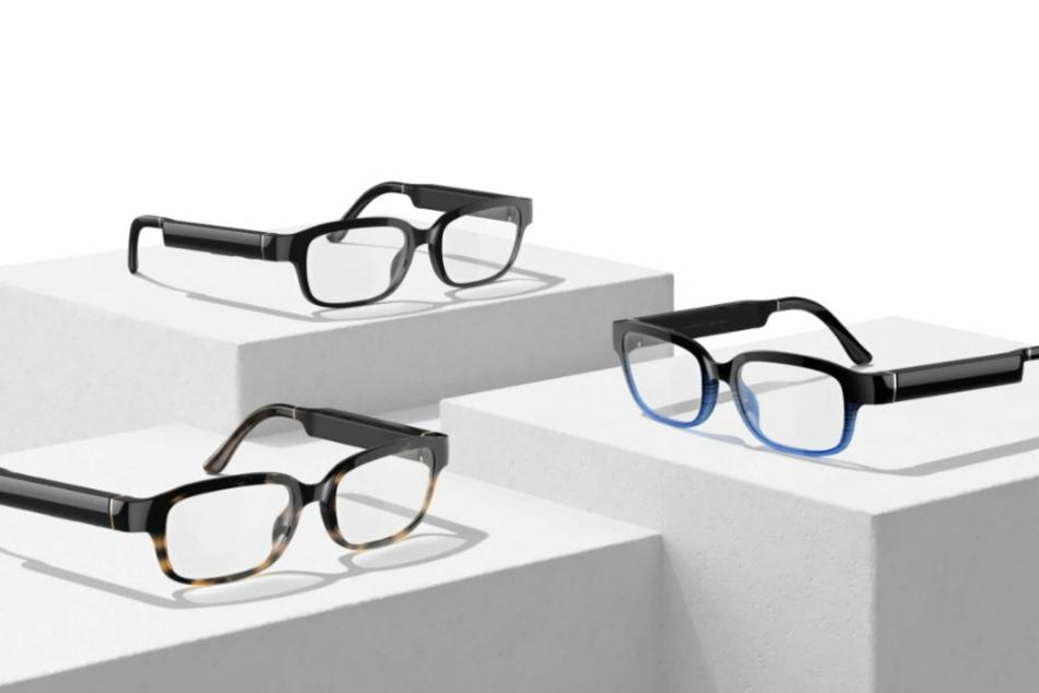 Die Brillengläser sind klar und eignen sich daher für jeden.