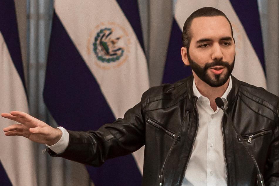 Nayib Bukele, Präsident von El Salvador, spricht auf einer Pressekonferenz.