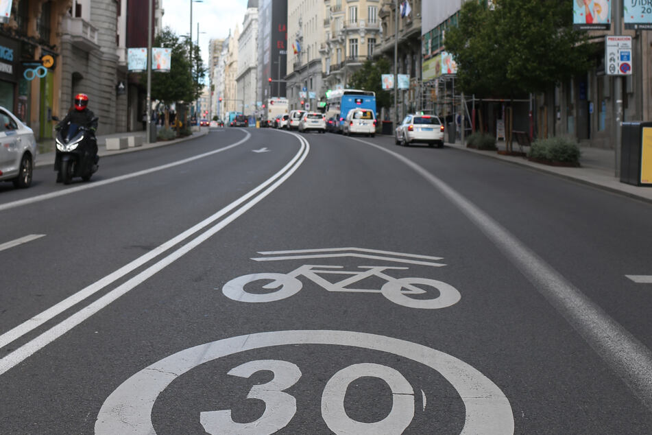 Auch auf Madrids Straßen gilt nun Tempo 30. Tödliche Unfälle sollen so vermieden werden.