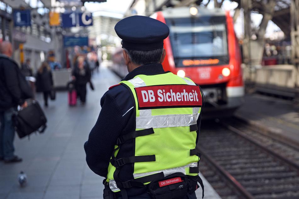 Erschreckende Zahlen! So viele Angriffe gibt es pro Tag auf Bahnmitarbeiter