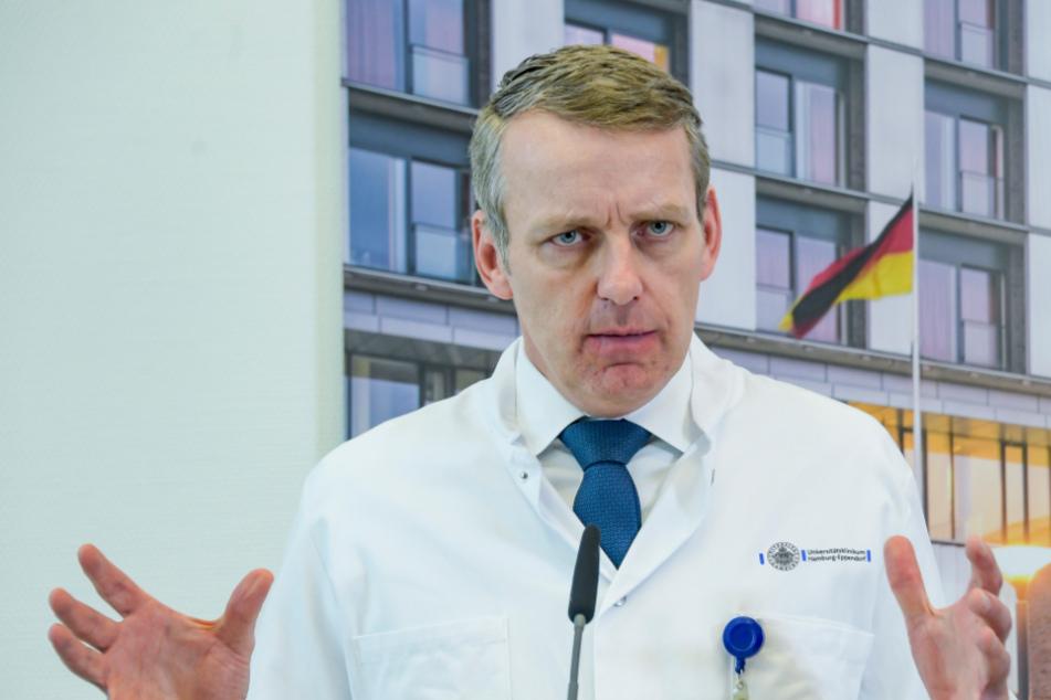 Krankenhäuser überlastet? Intensivmediziner beurteilt Corona-Lage im Land