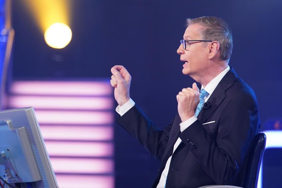 """""""Wer wird Millionär""""-Moderator Günther Jauch machte Kandidatin Kathrin Kirste bewusst, wie viel Geld auf dem Spiel steht."""